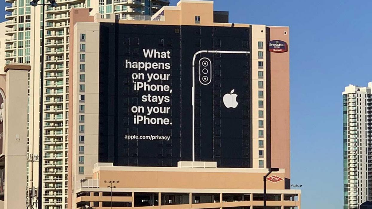 Cartel publicitario Apple